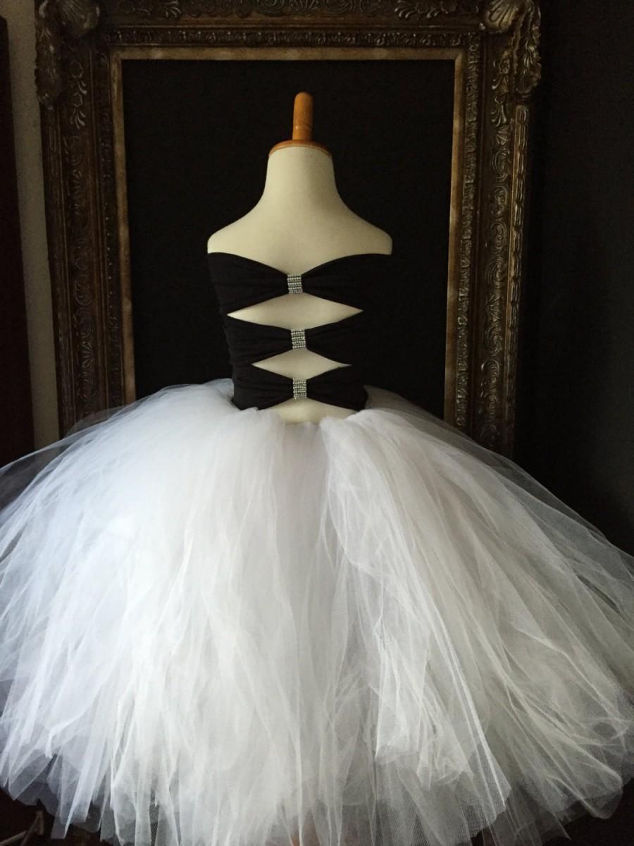 Black And White Flower Girl Dress Back Of Dress Pictured 2665004