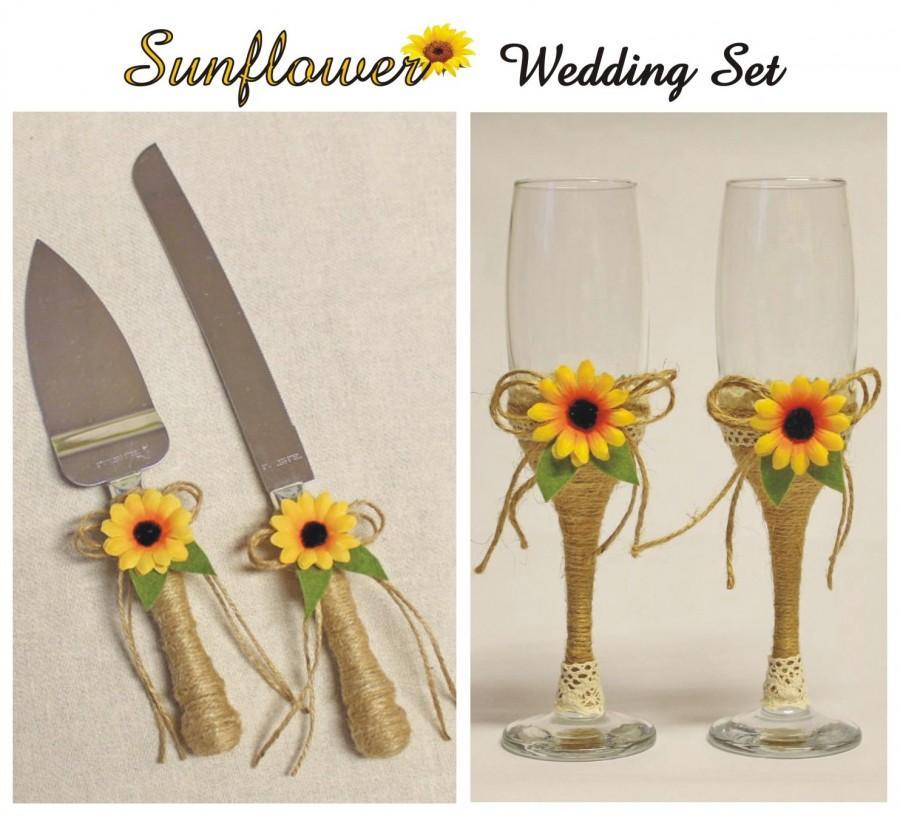 Hochzeit - Sunflower wedding cake serving knife Sunflower wedding glasses Rustic wedding cake knife Rustic wedding glasses Knife cutters toasting flute