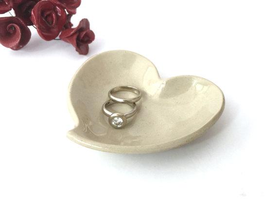 Wedding - Small ceramic bowl, Ring holder, Ceramic Ring Dish, Small ceramic dish, Birthday Gift, Gifts for her, Heart, Off white