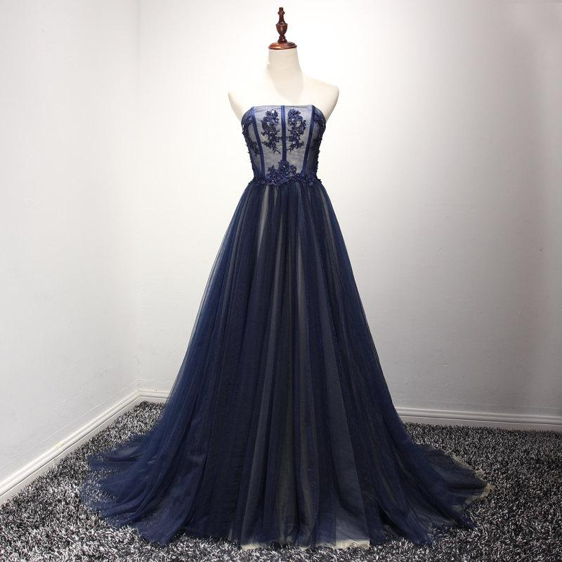 Mariage - Simple Design A-Line Scoop Necline Delicate Lace Beading Wedding Dress With Small Train Royal Blue Prom Dress 2017 Women Evening Dress Long