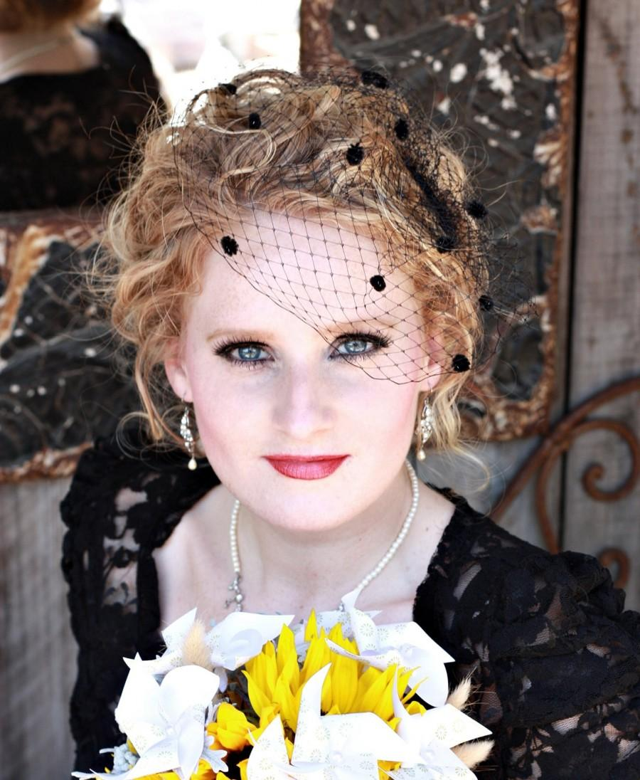 Mariage - 9 inch Birdcage Veil with Chenille Dots- Black or Red
