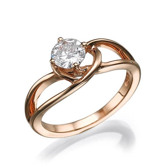 Hochzeit - Unique Engagement Ring 14K rose gold Moissanite engagement ring prong setting bridal jewelry, Moissanite Ring, Curved Ring, Twist ring