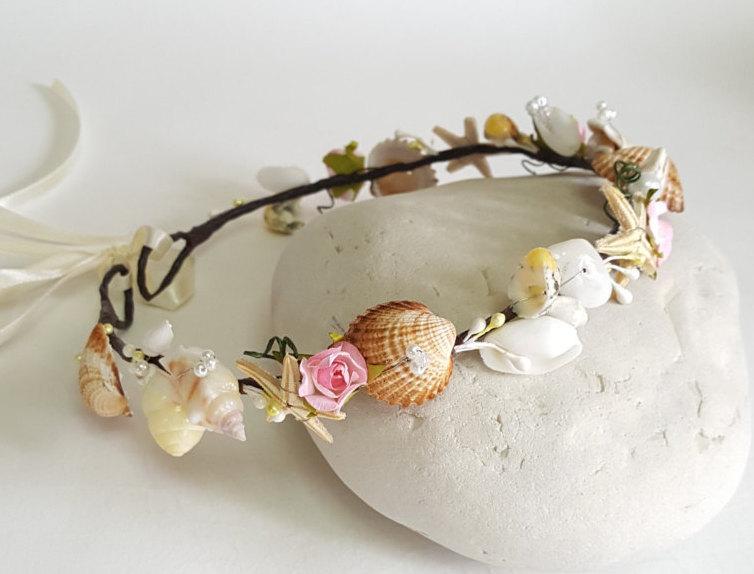 Mariage - Beach Bridal Tiara,Wedding SeaShell Headpiece,Freshwater Pearls,Starfish Crown,Wedding Hair accessories,  handmade by CyShell