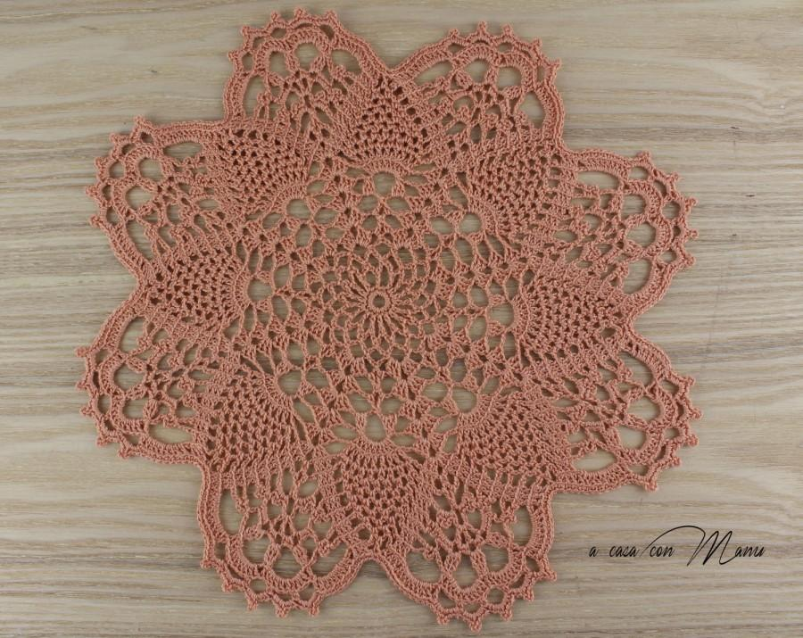 Centrino Rotondo Centrino Uncinetto Cm 29 Doily Crochet Centrino Uncinetto Salmone Regali Per Le Nozze Decorazioni Boho Decor Handmade 2665992 Weddbook