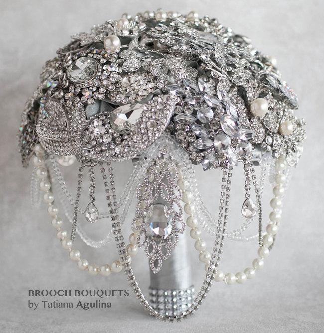 Hochzeit - READY TO SHIP Brooch Bouquet, Wedding Bouquet, Bridal Bouquet, Crystal Bouquet, Wedding Jewelry Bouquet, Bridesmaids Bouquet, Broach Bouquet