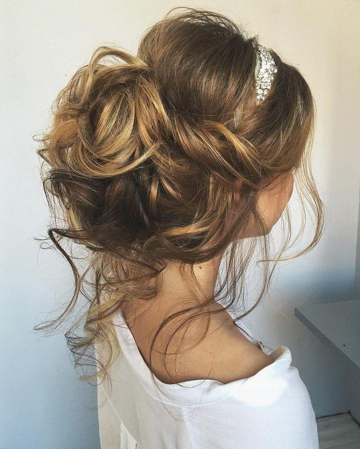Hochzeit - Beautiful & Chic Messy Wedding Updos Hairstyles Perfect For Any Wedding Venue