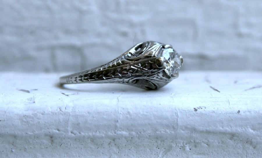 Mariage - Vintage Filigree 18K White Gold Solitaire Diamond Engagement Ring - 0.55ct