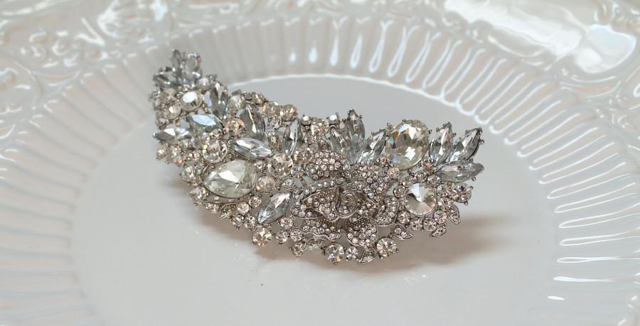 Wedding - Large Bridal Swarovski Crystal flower hair comb. Vintage style Rhinestone jewel  wedding headpiece.  VINTAGE PRINCESS