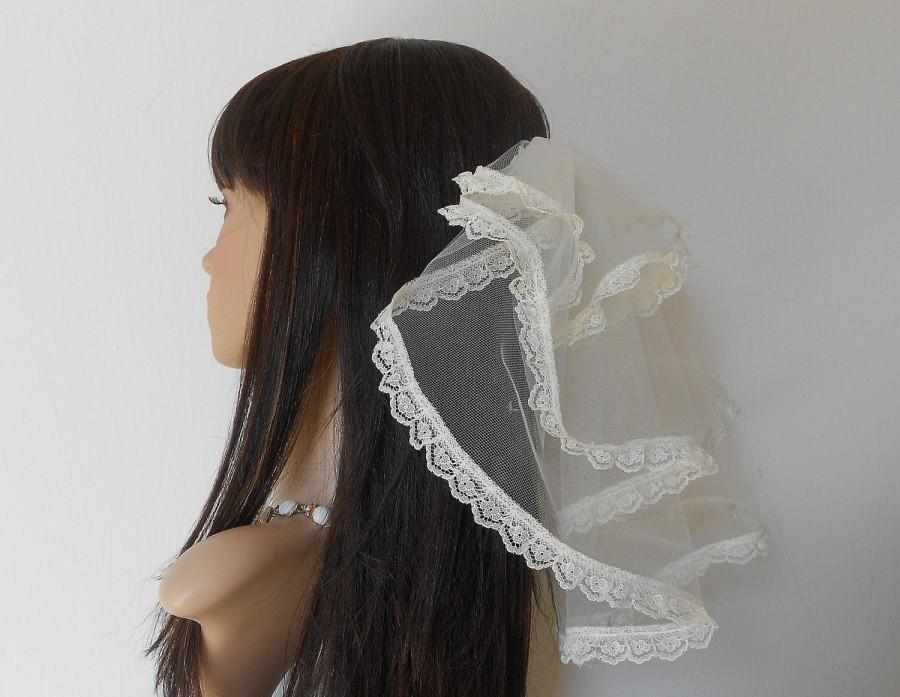 Mariage - Ivory Bridal Veil-Ruffled Bridal Veil-Lace Trim Bridal Veil-Miniature Bride Veil-Ivory Communion Veil-Tiered Bridal Veil