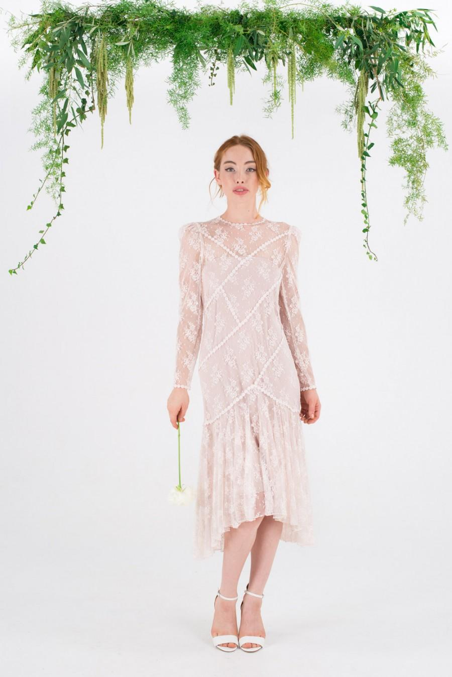 Свадьба - ON SALE ~ ALLY - 1980's vintage pink lace wedding dress