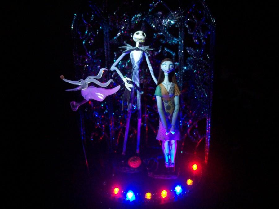 Mariage - Nightmare Before Christmas Bride , Groom and Zero Wedding Cake Topper Colored Light