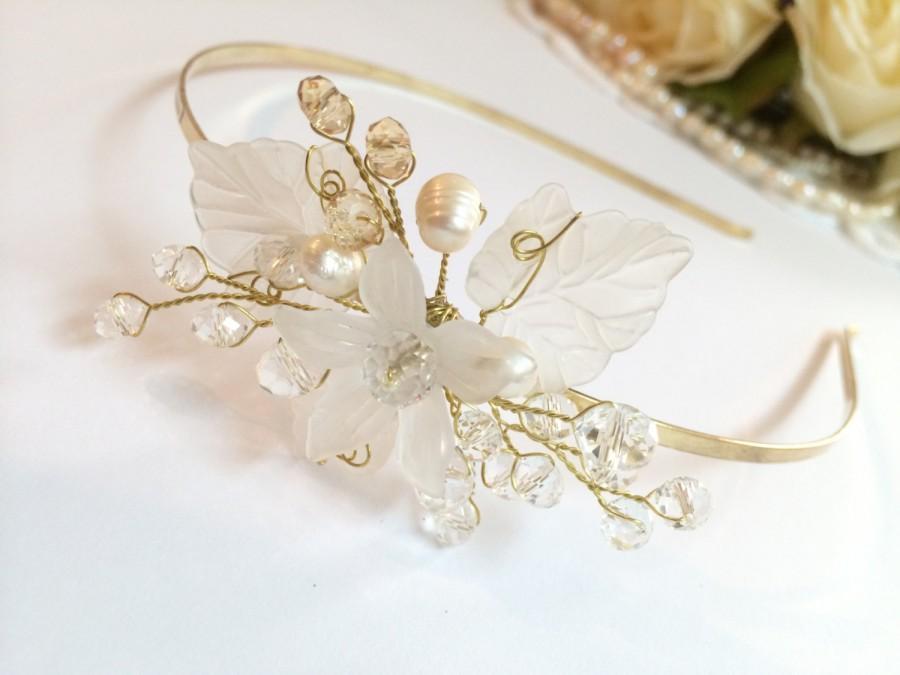Mariage - Pearl wedding headband, flower girl headband, wedding tiara, flower girl headpiece, wedding headpiece, wedding hair flower, bridal flower
