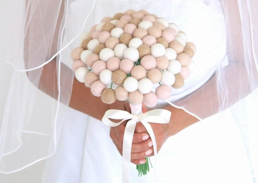 Mariage - Bridal Wedding Bouquet, Neutral Needle Felted Wool, Craspedia, Rustic, Off White, Brown, Tan, Pink, Everlansting