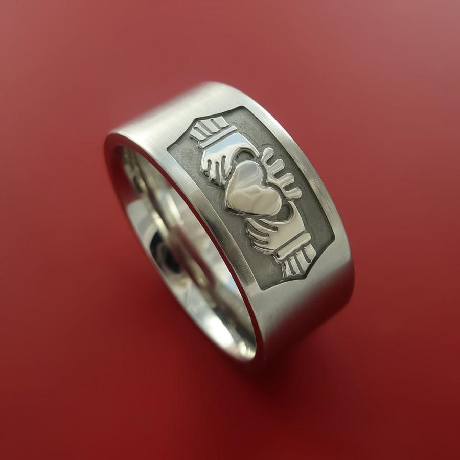 Mariage - Cobalt Chrome Celtic Irish Claddagh Ring Hands Clasping a Heart Band Carved Any Size Ring