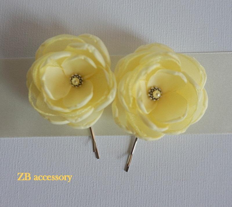 pale lemon yellow fabric flowers bridesmaids hair clips