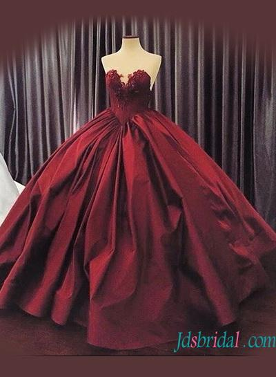 Mariage - Sexy sweetheart neck burgundy colore ball gown wedding dress