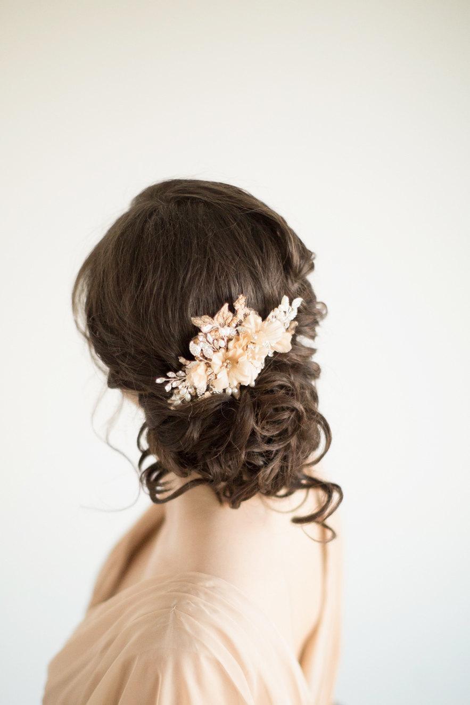 Mariage - Bridal Hair Comb, Wedding Headpiece, Floral Crystal Hair Comb