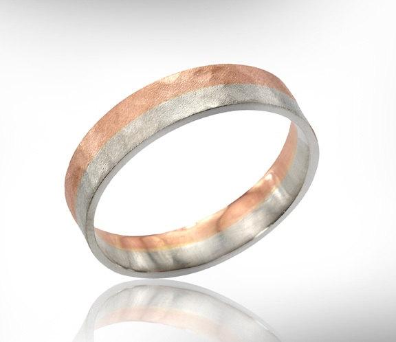 Hochzeit - Men's Hammered Two-Tone 18k Gold Wedding Band, Unique Men's Jewelry,  Men's Wedding Ring, Men's Jewelry