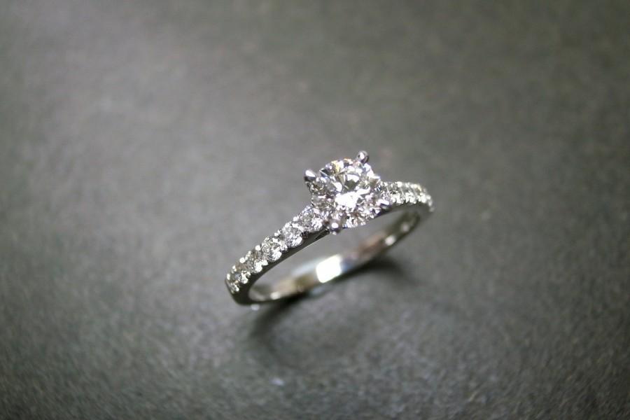 Hochzeit - Engagement Ring / 0.40ct Diamond Ring / Diamond Engagement Ring / Wedding Ring / Diamond Ring / Solitaire Diamond Ring in 14K White Gold