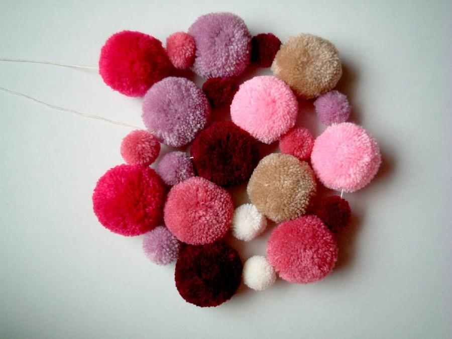 Свадьба - Pom Pom Garland, pom pom wreath, yarn pom pom, balls, kid, pink, purple, decoration, party pom pom, pompom, children, brown, custom, cute