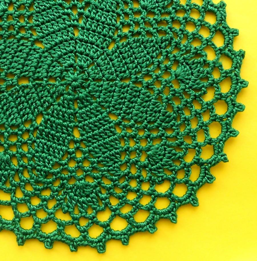 Mariage - 5 inch Doily, 2 Brigth Green Easter Doilies, Emerald Green Coasters Set, Easter Table Decoration, Easter Table Setting