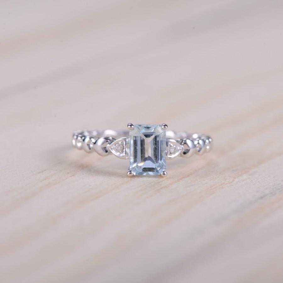 Mariage - Princess Cut Aquamarine Ring,14k White Gold Ring,Aquamarine and Diamond Ring,Heart Shape Diamond Wedding Band,Blue Stone Ring,Good Present