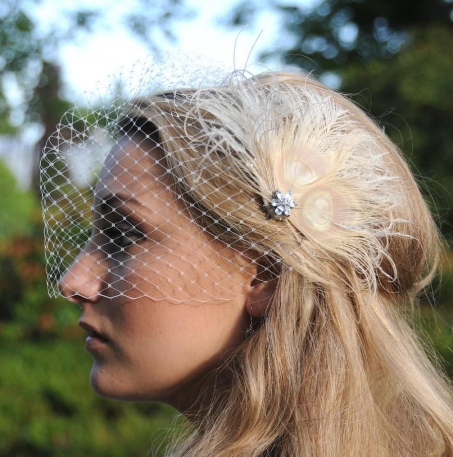 Mariage - Bridal Birdcage Veil with feather Fascinator hair clip - Fiona