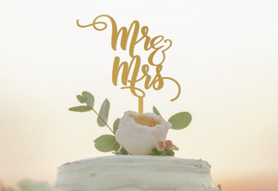 Свадьба - Mr and Mrs Cake Topper - Personalized Wedding Cake Topper - Custom Cake Topper - Gold or Silver or Custom Color