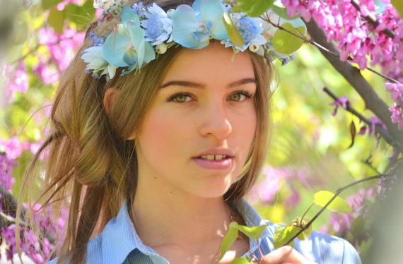 Mariage - Beach bridal crown Light blue wedding flower crown Orchid hair Wreath Bridal floral headpiece Blue floral crown Orchids hair dress
