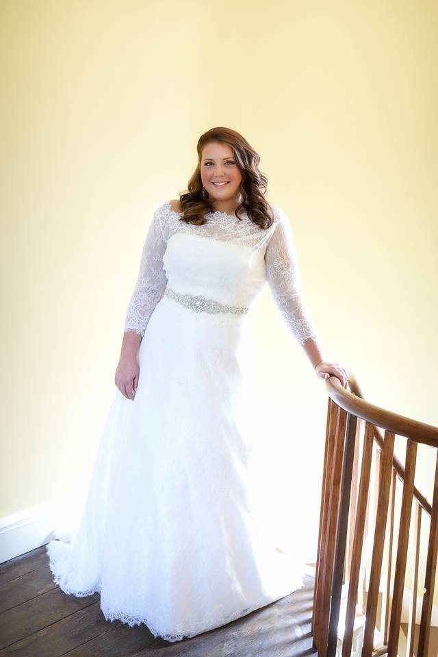 Hochzeit - Lis Simon, Faith, Size 18 Wedding Dress
