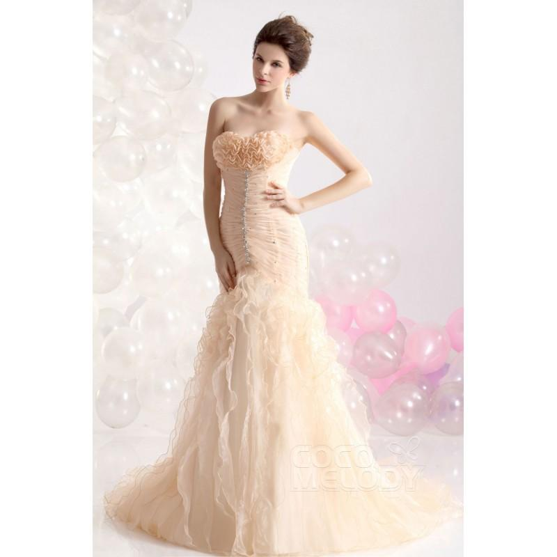 Mariage - Dramatic Trumpet-Mermaid Sweetheart Court Train Organza Champagne Evening Dress CWLT13003 - Top Designer Wedding Online-Shop