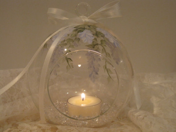 Свадьба - Tealight Glass Hanging Globe Hydrangea colored Wisteria