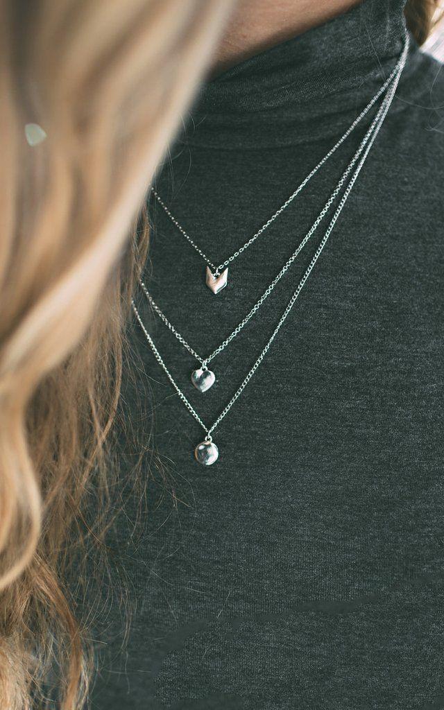Свадьба - Chevron Dainty Necklace