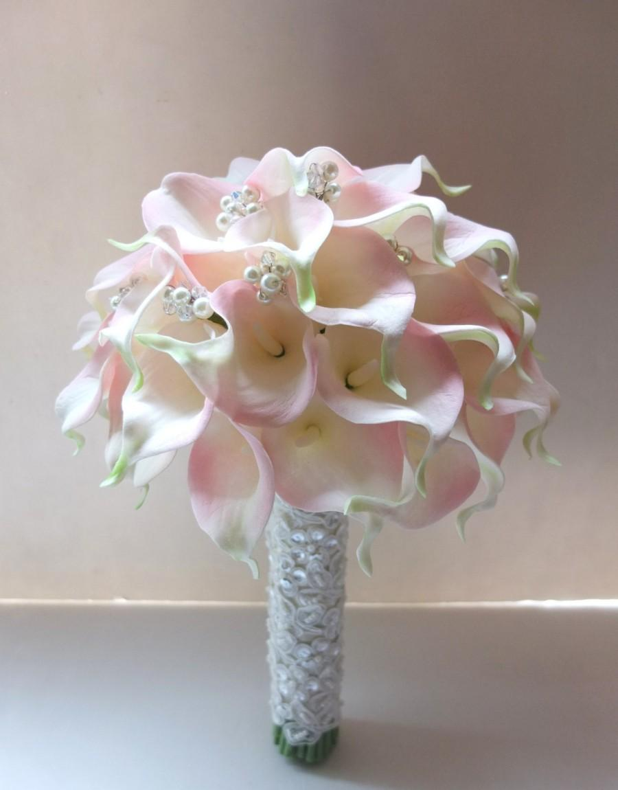 Hochzeit - Blush Pink Calla Lily bouquet, accented with pearls & crystals, Bridal Bouquet, wedding bouquet