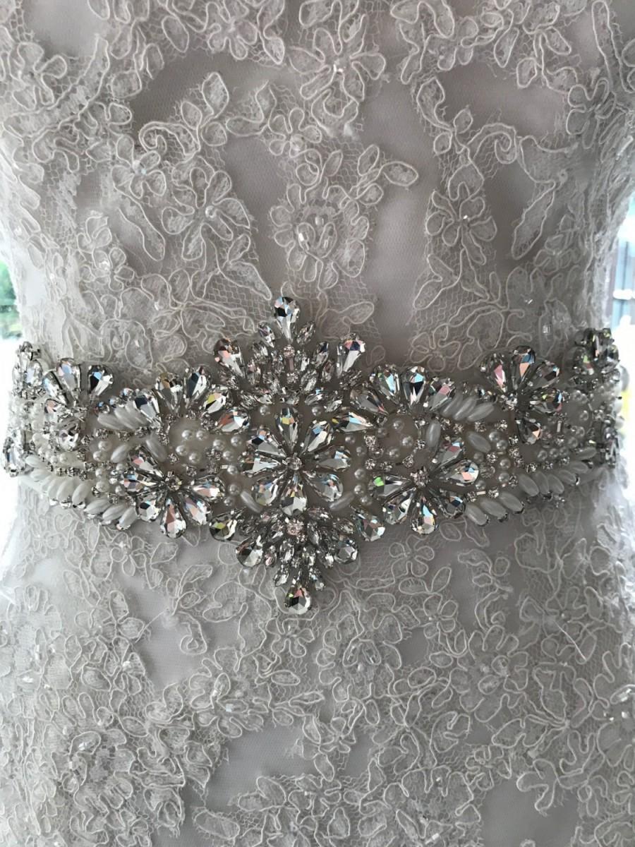 Hochzeit - NEW-LOW PRICE-Wedding Sash-Wedding Belt-Bridal Belt-Bridal Sash-cummerbunds-Applique-Rhinestone-Crystal-belt-Ivory Sash-White Sash-Navy