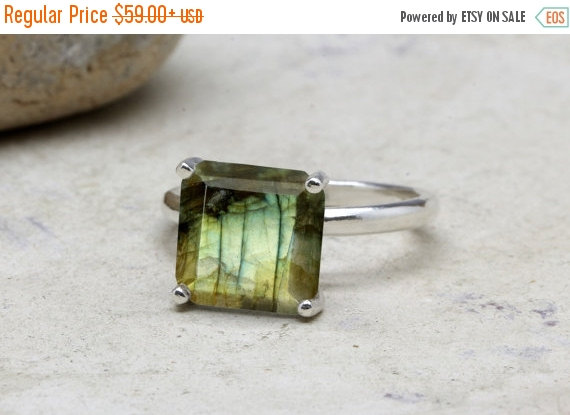 Mariage - VALENTINES DAY SALE -  Labradorite ring,square gemstone ring,bridal ring,silver ring,sterling ring,solitaire rings,cocktail ring,stackable r