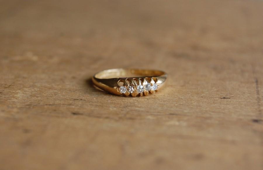 Hochzeit - Antique 18K multi diamond engagement ring ∙ 1910s five-diamond Edwardian diamond band