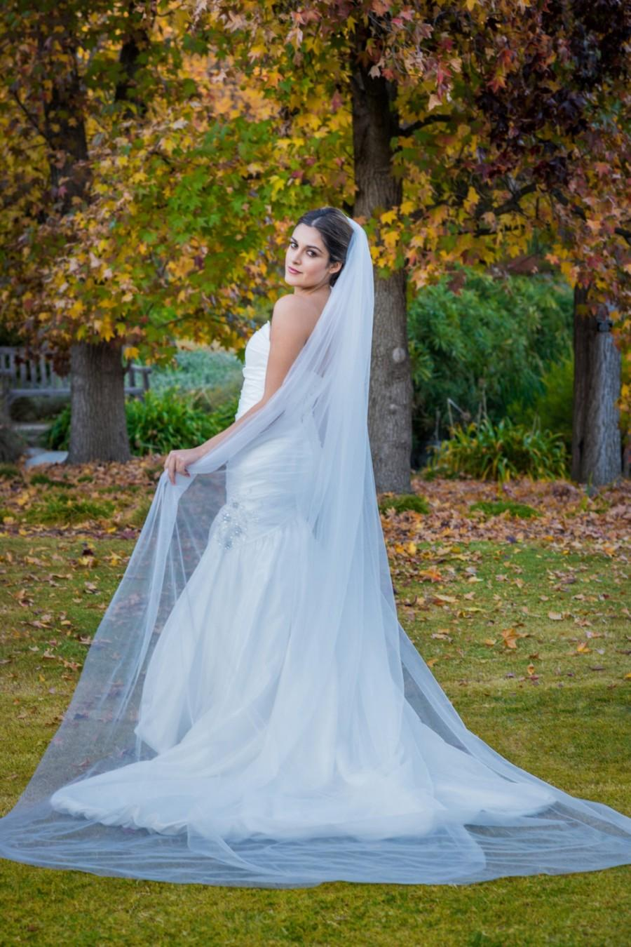 Wedding - Cathedral Veil Tulle No embellishments