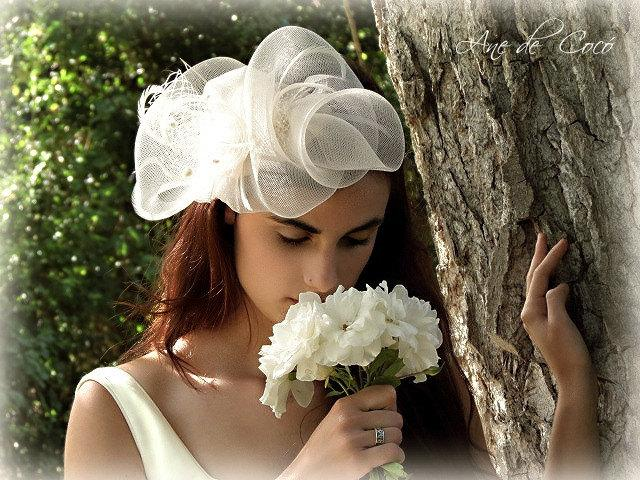 Mariage - Crinoline Bridal fascinator - Oversized bridal headpiece - white fascinator for bride - Wedding wear
