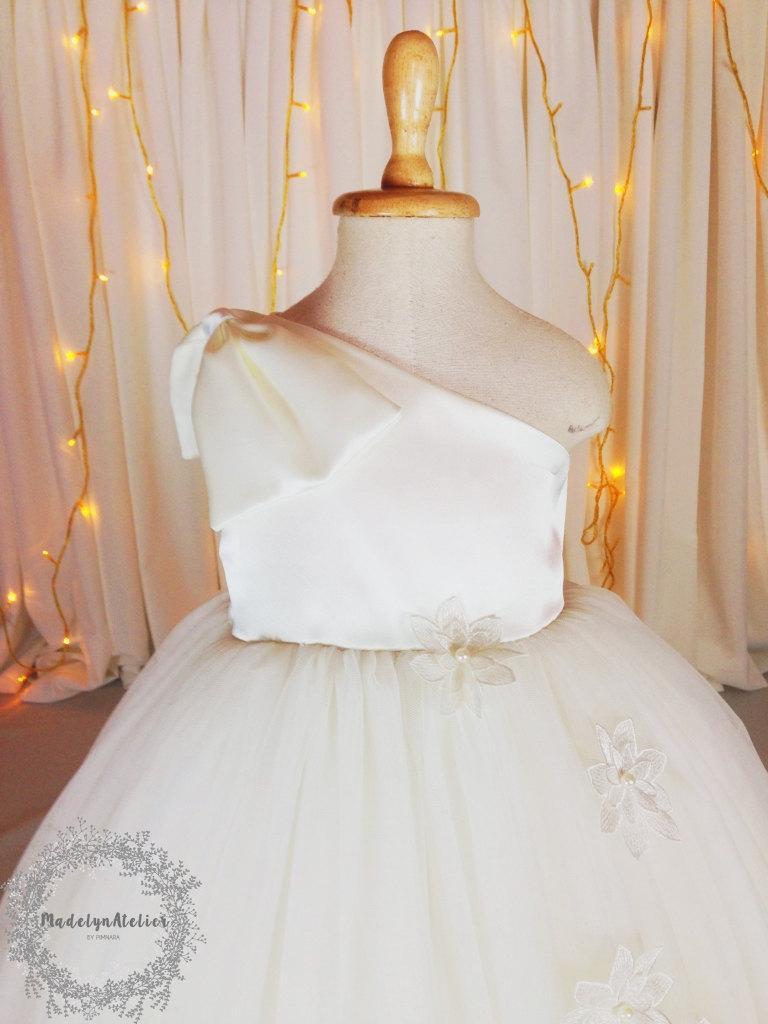 Mariage - One Shoulder Flower Girl Dress, Ivory Flower Girl Dress, Girl Dress, Tutu Dress, Tulle Dress.