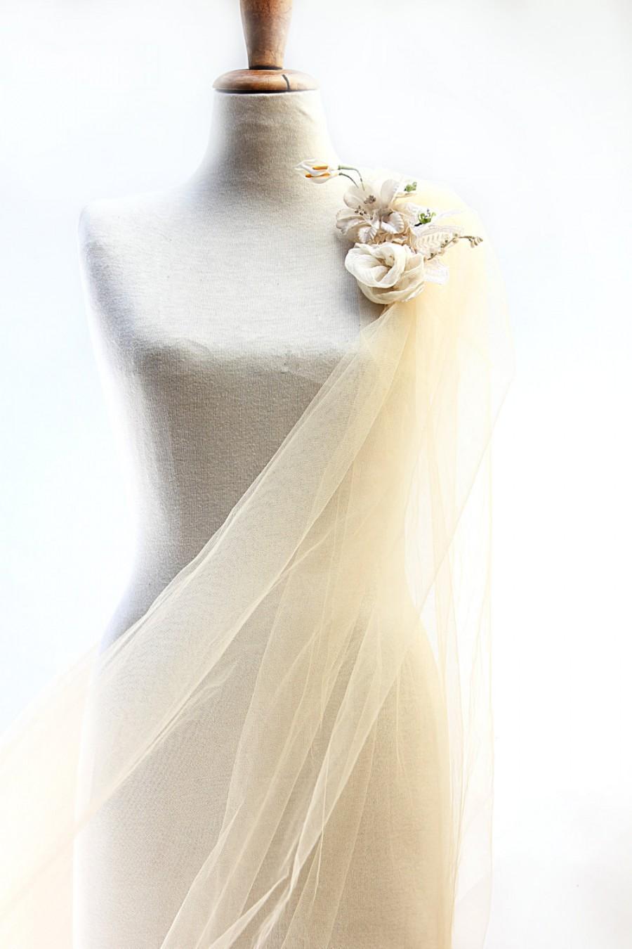زفاف - Luxurious Wedding Veil of Romantic Vintage Tulle with Unique Jeweled hair-comb & Decorations