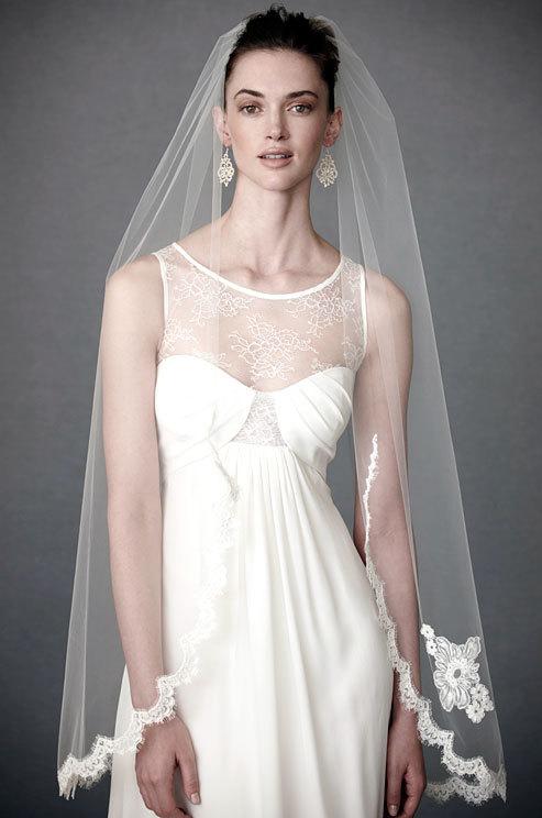 Свадьба - Veil, Wedding Veil, Alencon Lace Veil, Applique Veil, Classic Veil,  Fingertip Veil, Lace Veil, Short Lace Veil, Bridal Veil  - ADELE VEIL
