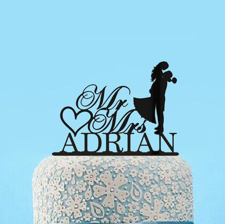 Mariage - Silhouette Wedding Cake Topper, Custom Mr and Mrs Cake Topper, Bride and groom Cake Topper,Personalized Mr Mr Last Name Cake Topper