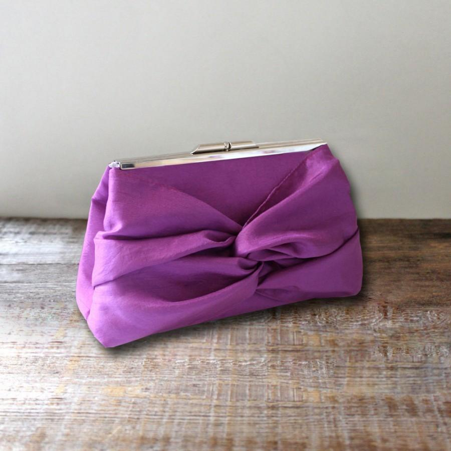 Mariage - Knot Bow Bridesmaid Clutch With Metal Frame- Purple Plum, Gray, Ivory, Pink and More- 32 Colors