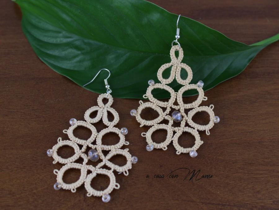 Mariage - Orecchini in pizzo chiacchierino, lace tatting earrings, beige, orecchini pendenti, bijoux, per lei, idea regalo, handmade, made in Italy