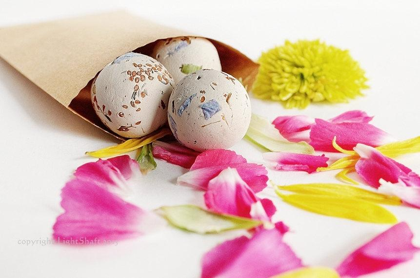 Hochzeit - Botanical Seed Bombs WildFlower Gardening 20 Seed Bombs Gift Box, seed bombs, Seed paper, Seeds, Plantable paper