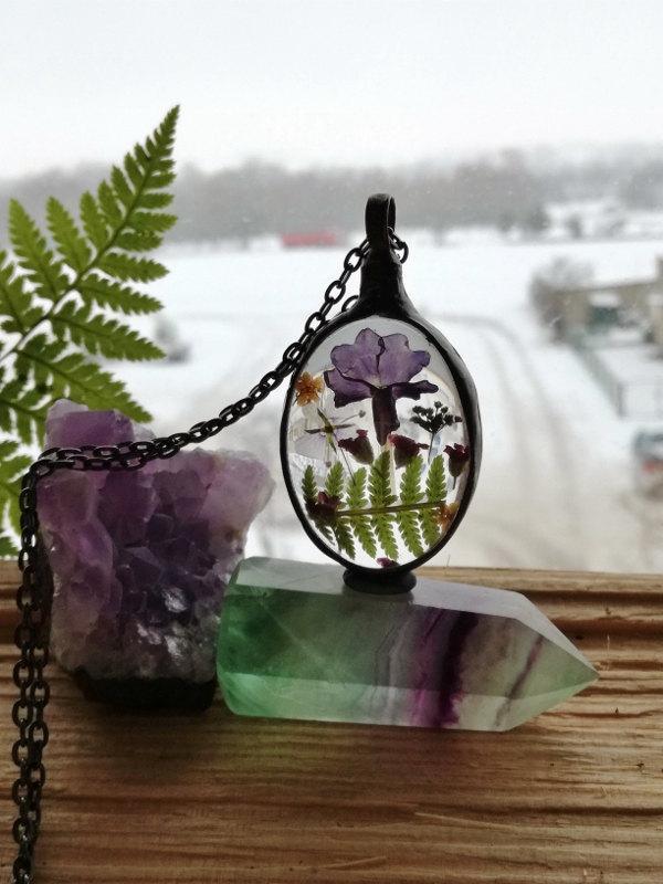 Hochzeit - Fairy garden, Flowers Necklace, Fern Romantic Statement Necklace, Gift for Her, terrarium jewellery , make a wish , good luck charm, Unique