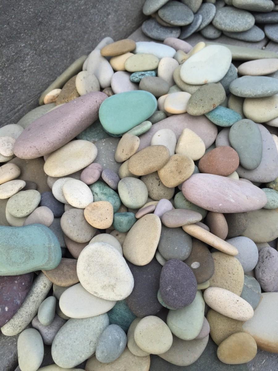 Wedding - Alaska River rocks - River rocks bulk - Wedding stones - Wedding Favor - Memorial stone - Guestbook alternative - Colorful stone - Rockhound
