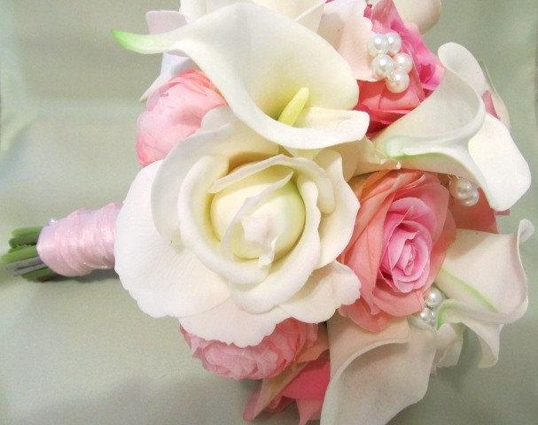 Свадьба - Pink white and Ivory wedding bouquet in real touch roses and calla lillies and silk pink roses and ranuculus, bridal bouquet
