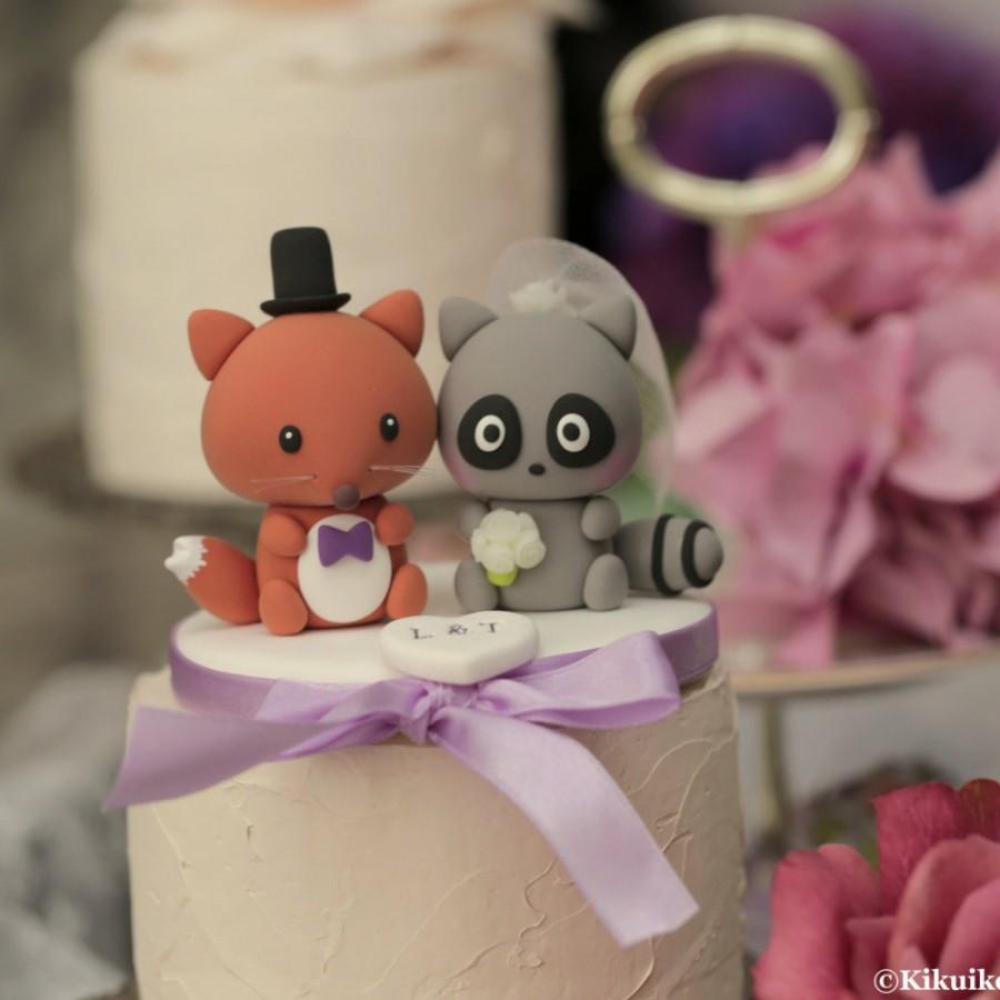 Hochzeit - raccoon and fox Wedding Cake Topper---k762